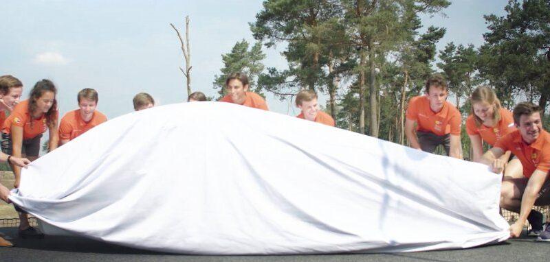 Onthulling Nuna9S: 's Werelds slimste zonneauto verpakt door Meilink